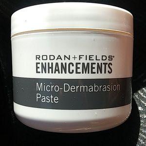 Rodan + Fields Micro-Dermabrasion Paste